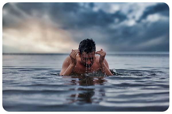Permanecer-Sano Mientras Viaja nadar